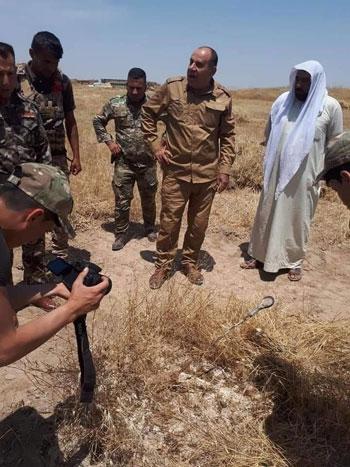 القوات-العراقية-تضبط-العدسة-المكبرة-وسط-المحاصيل