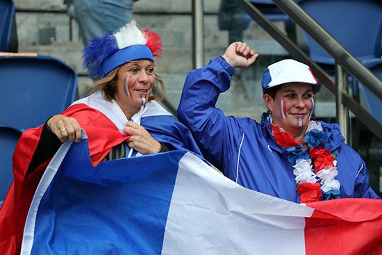 جماهير فرنسا فى المدرجات