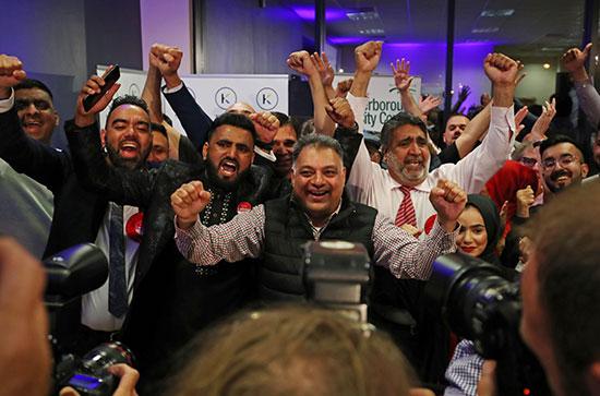 احتفالات أنصار حزب العمال