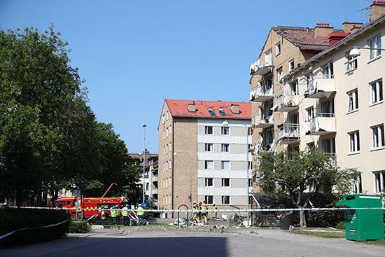 انفجار فى مبنى سكنى