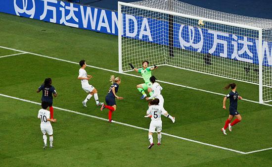 مباراة فرنسا وكوريا الجنوبية