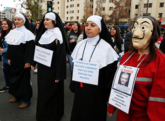 راهبات تشاركن فى المظاهرة