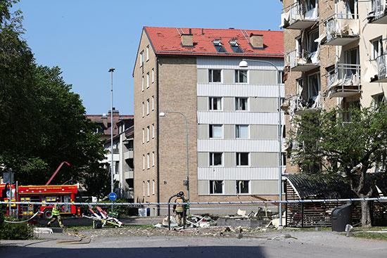 تضرر المنازل جراء الانفجار
