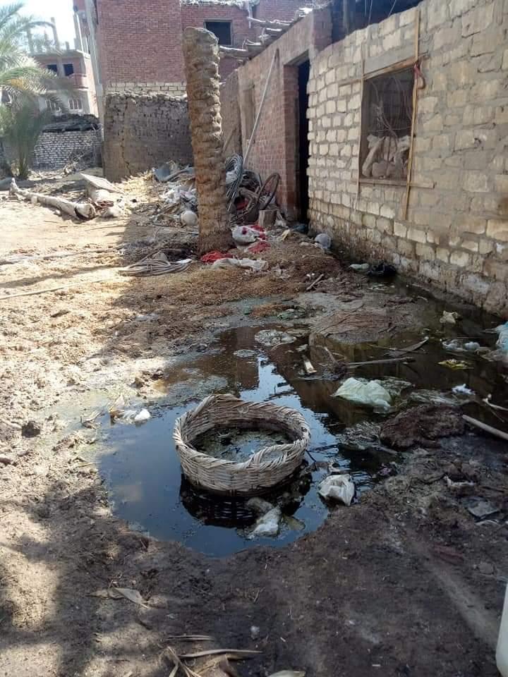 غرق الشوارع بالصرف الصحى (2)