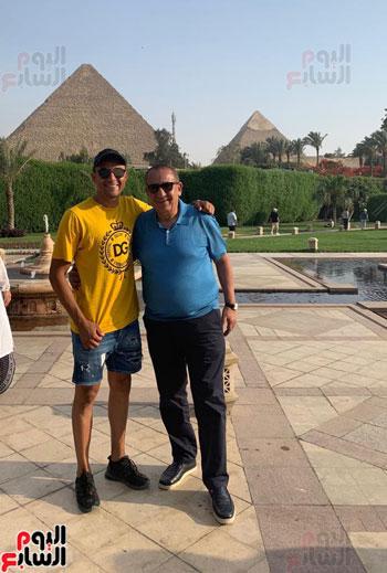نافاس حارس ريال مدريد مع كامل أبو على