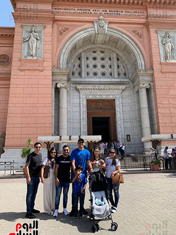 نافاس حارس ريال مدريد أمام المتحف المصري