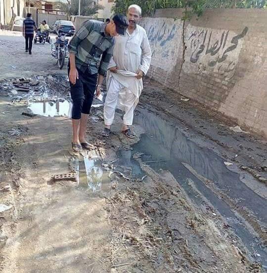 غرق الشوارع بالصرف الصحى (5)
