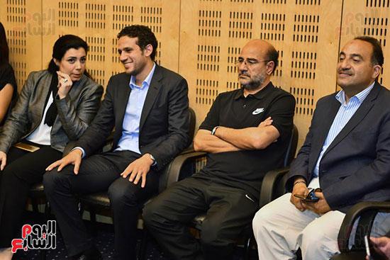 الدكتورة جهاد عامر - الكابتن محمد فضل مدير بطولة كأس الأمم الإفريقية (3)