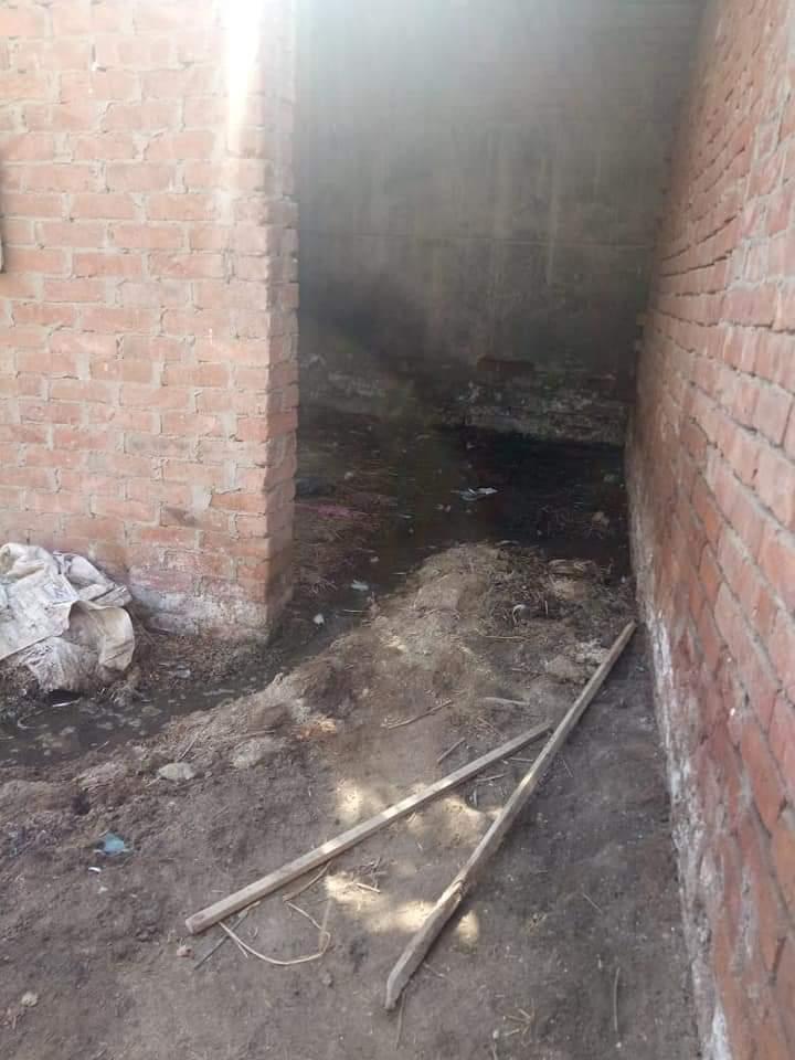 غرق الشوارع بالصرف الصحى (4)