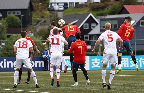 مباراة إسبانيا وجزر فاروه