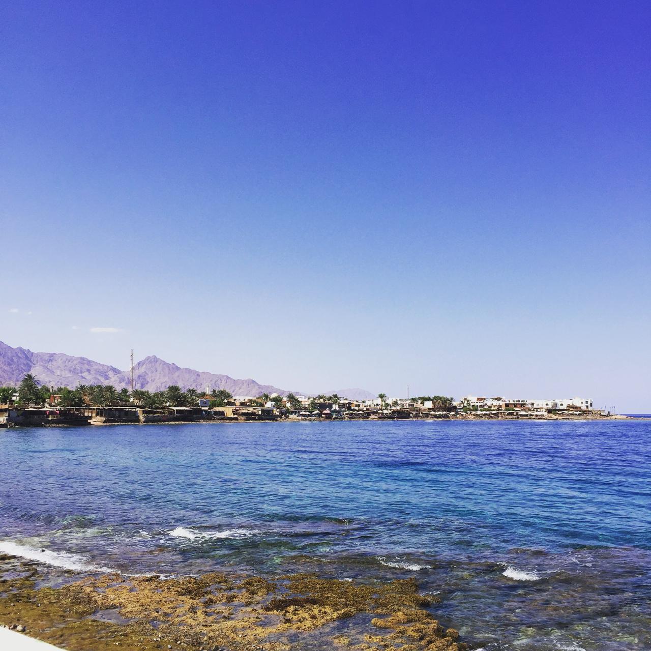 شاطئ دهب المصرية يحتل المركز الأول كأفضل شواطئ الشرق الأوسط (4)