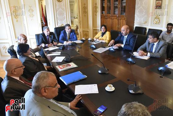 لجنة الصحة بالبرلمان  (2)