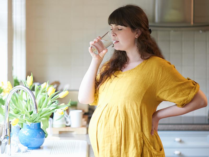 الحوامل وارتفاع حرارة الجو