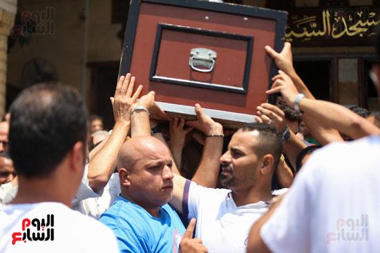 جنازة-الراحل-عزت-أبو-عوف