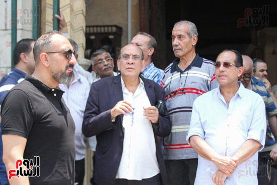 الفنانون-فى-جنازة-أبو-عوف