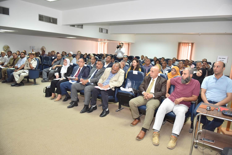 الاجتماع التنسيقي لتحديث المخطط الاستراتيجي العام لمركز البداري (4)
