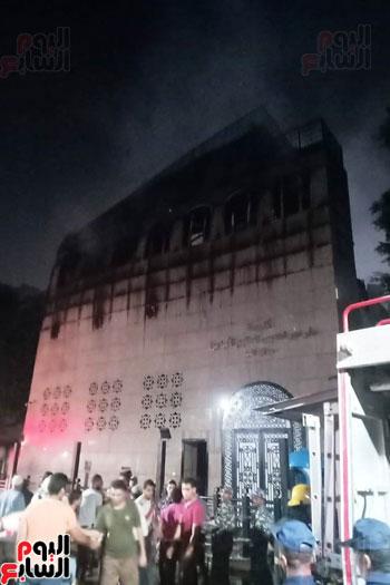 حريق دير الانبا بولا (2)