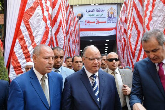 سوق سوهاج الحضارى بمصر الجديدة المخصص للباعة الجائلين (7)