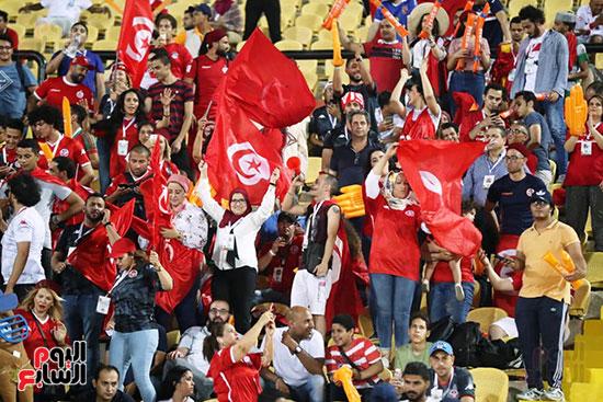 تونس ومدغشقر (119)