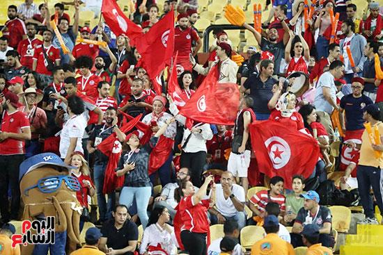 تونس ومدغشقر (118)
