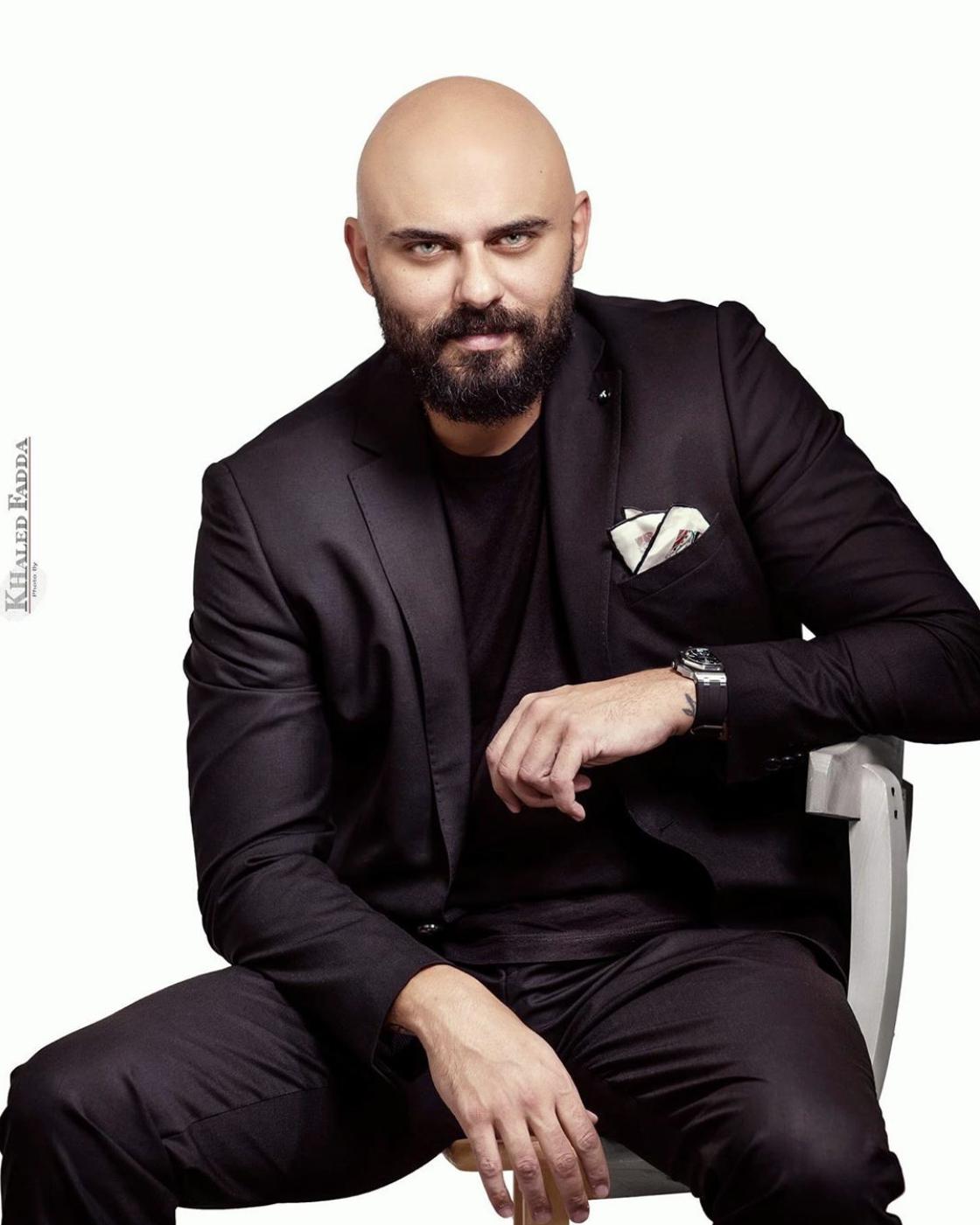 الفنان احمد صلاح حسنى (2)