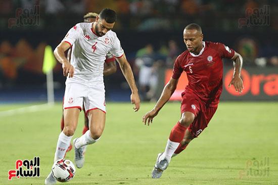 تونس ومدغشقر (89)