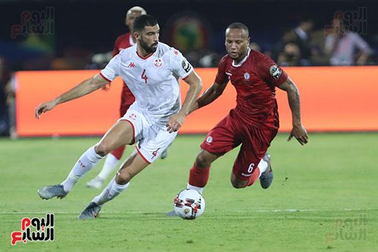 تونس ومدغشقر (98)