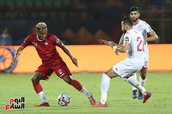 تونس ومدغشقر (109)