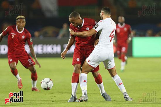 تونس ومدغشقر (87)