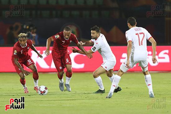 تونس ومدغشقر (88)