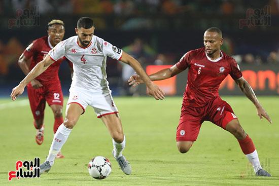 تونس ومدغشقر (108)