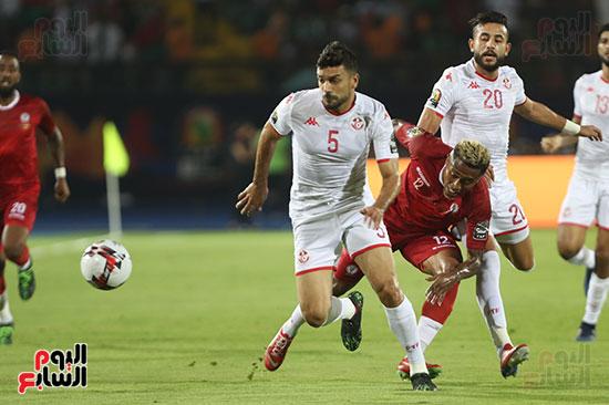 تونس ومدغشقر (99)
