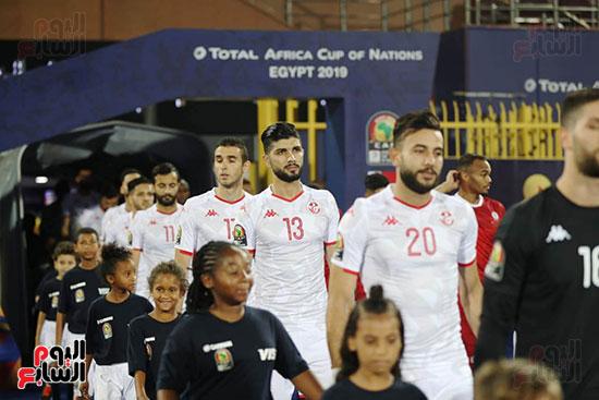 تونس ومدغشقر (127)