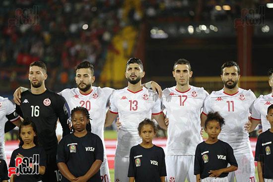 تونس ومدغشقر (131)