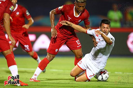 تونس ومدغشقر (78)