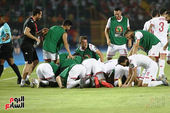 تونس ومدغشقر (28)