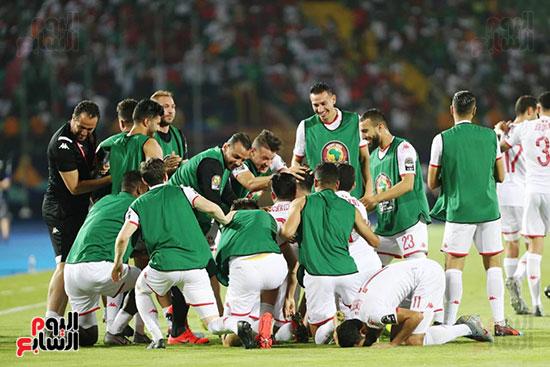 تونس ومدغشقر (29)