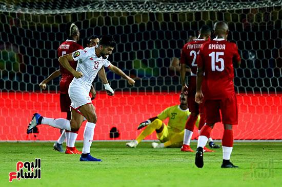 تونس ومدغشقر (1)