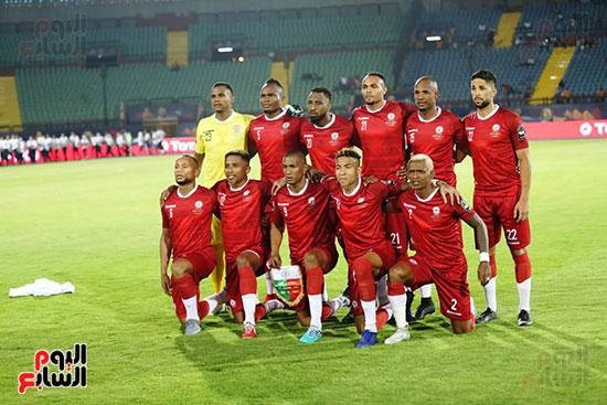 تونس ومدغشقر (91)