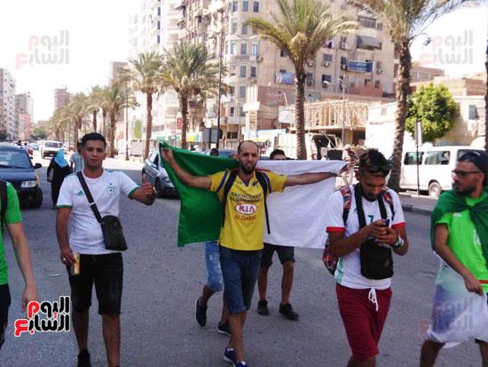 جماهير-الجزائر-تغزو-السويس-قبل-مباراة-كوت-ديفوار-(5)