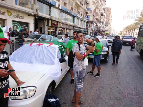 جماهير-الجزائر-تغزو-السويس-قبل-مباراة-كوت-ديفوار-(4)