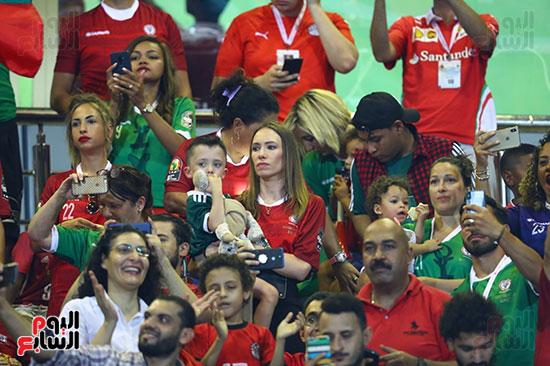 تونس ومدغشقر (83)
