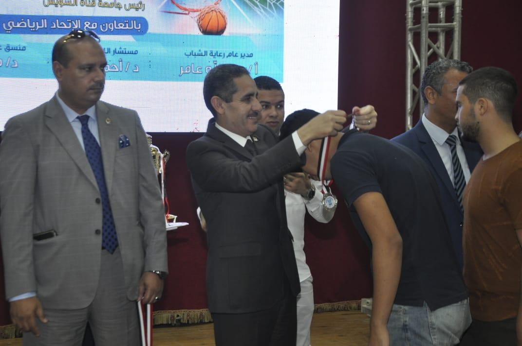 4- حفل ختام الدورة الرياضية الأولى لجامعات القناة