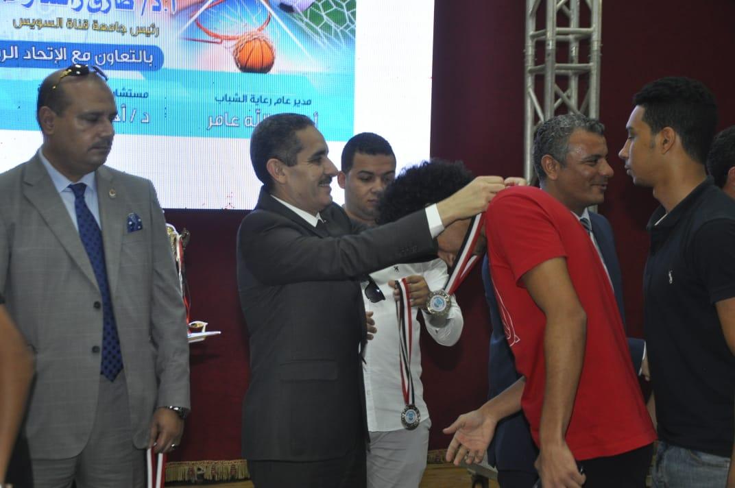 3- حفل ختام الدورة الرياضية الأولى لجامعات القناة