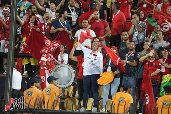 تونس ومدغشقر (116)