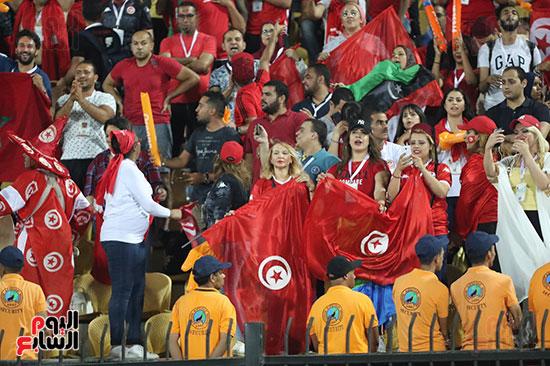 تونس ومدغشقر (114)