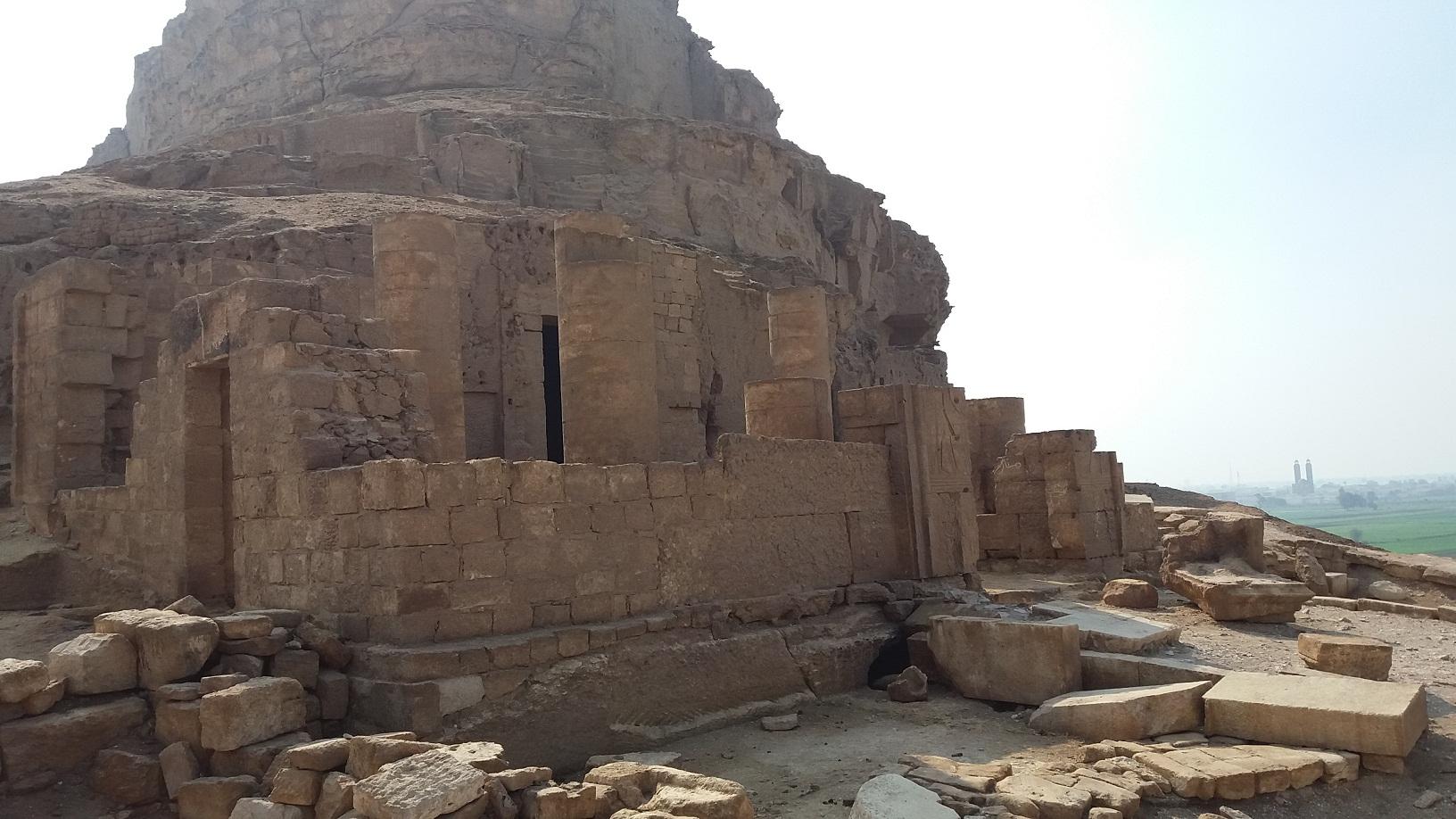 معبد طهنا الجبل