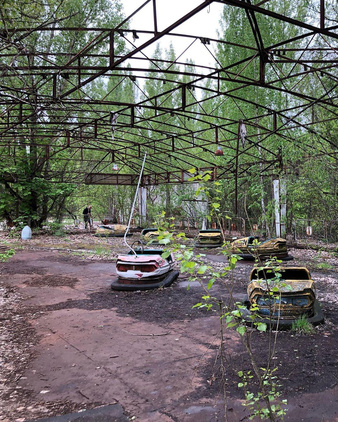 516375-جولات-سياحية--فى-قرية-تشير-نوبل-المليئة-بالإشعاع--(3)
