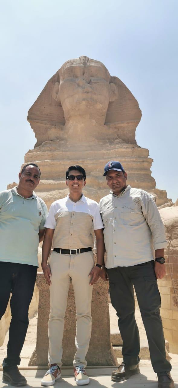 رئيس مدغشقر وعائلته فى الاهرامات (3)