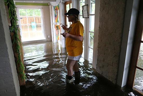 الإعصار بارى يضرب نيو أورليانز الأمريكية (2)